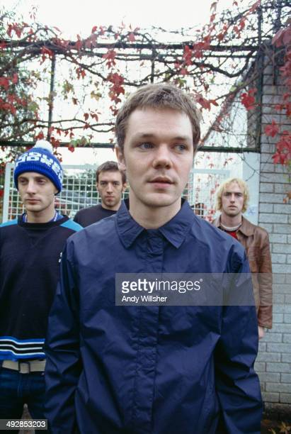 Scottish indie rock group Idlewild circa 1998 Left to right guitarist Rod Jones drummer Colin Newton singer Roddy Woomble and bassist Bob Fairfoull