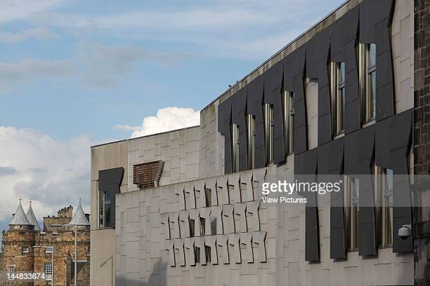 Scottish Parliament The Royal Mile Edinburgh Midlothian United Kingdom Architect Embt Arquitectes Associats Sl Enric Miralles Benedetta Tagliabue...