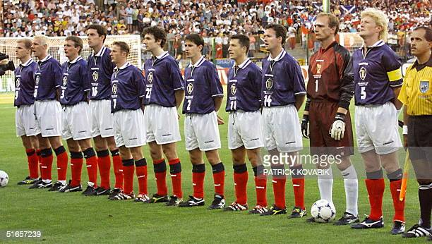Scottish players pose for the official team picture 23 June at the Stade Geoffroy Guichard in SaintEtienne central France before the 1998 Soccer...