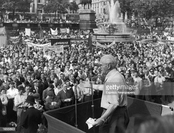 Scottish politician Willie Gallacher a former Scottish member of Parliament speaks to the crowds during a Communist Party rally in Trafalgar Square...