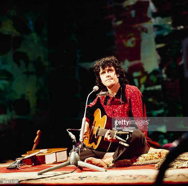 Singer Donovan performs on a BBC television show in August 1972