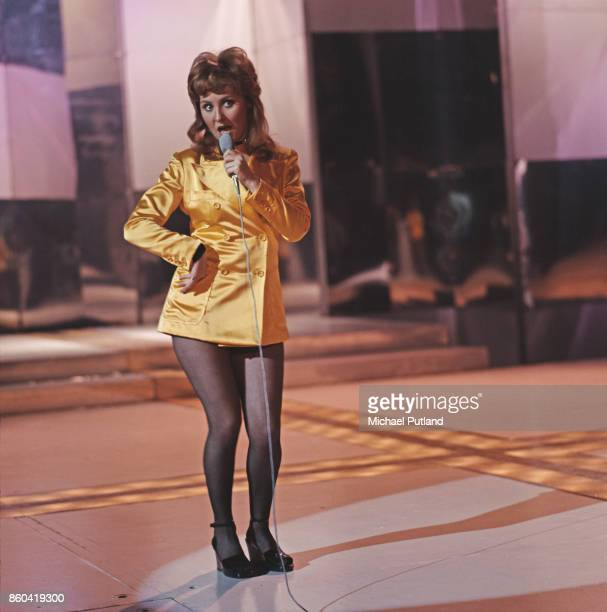 Scottish singersongwriter and television personality Lulu performing on a BBC television show 1971