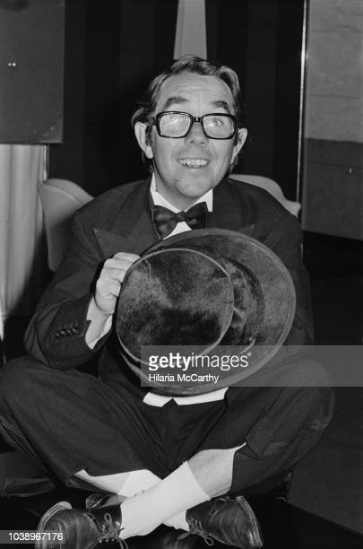 Scottish stand-up comedian, actor, writer, and broadcaster Ronnie Corbett at the London's Savoy Hotel, UK, 20th November 1970.
