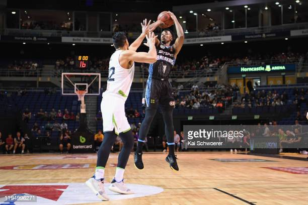 Scotty Hopson of the Breakers shoots the ball during the round 12 NBL match between the New Zealand Breakers and the South East Melbourne Phoenix at...