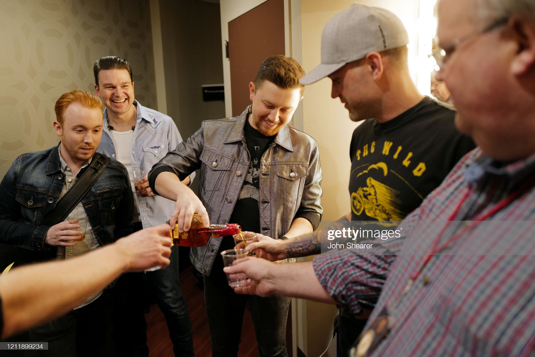 scotty-mccreery-and-band-members-seen-ba