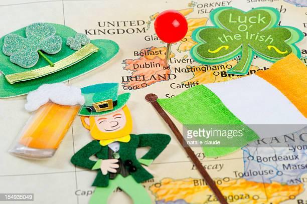 scrapbooking around ireland - irish flag stock pictures, royalty-free photos & images