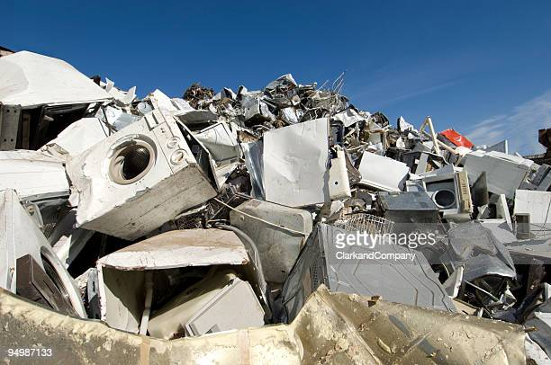 scrapyard for obsolete household goods - appliance stock pictures, royalty-free photos & images