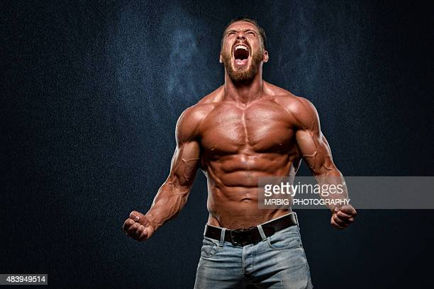 scream - bodybuilding stockfoto's en -beelden