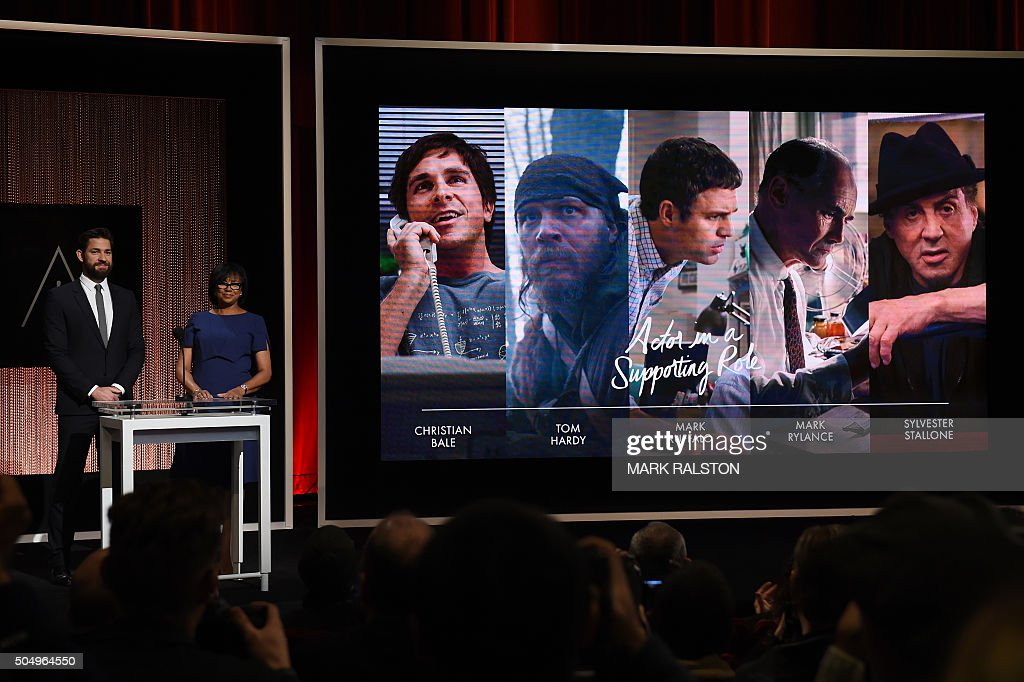 A Screen Showing The Oscar Nominees For The Best Actor In A Supporting Role Is Announced