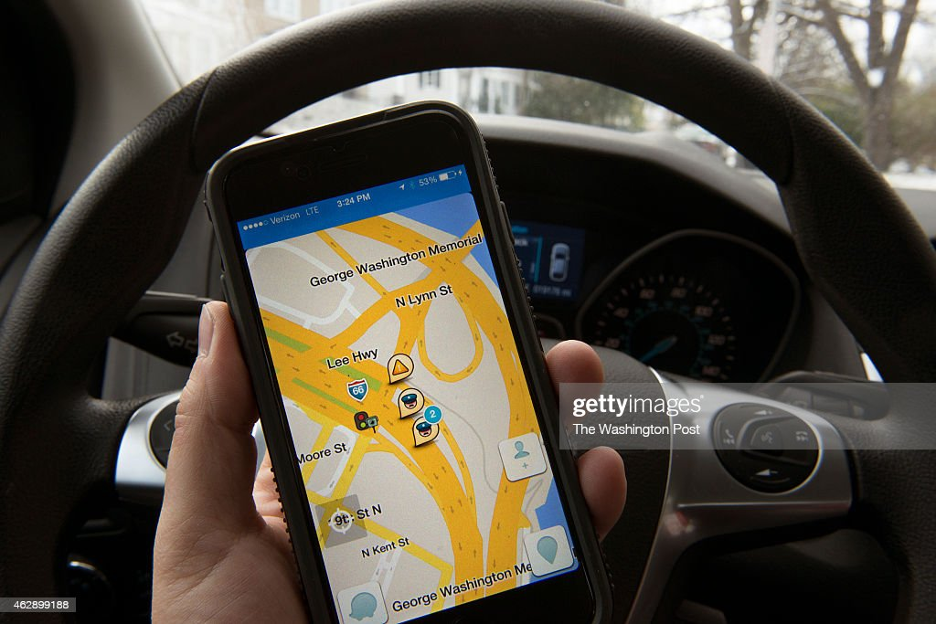 Law Enforcement Officials Unhappy With WAZE GPS Appp : News Photo