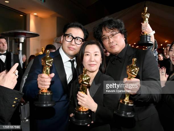 Screenwriter Han Jinwon producer Kwak Sinae and director Bong Joonho winners of the Original Screenplay International Feature Film Directing and Best...
