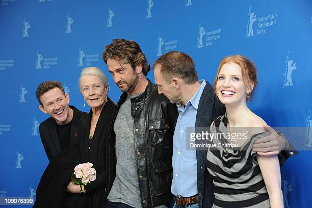 Screenwriter John Logan actors Vanessa Redgrave Gerard Butler Ralph Fiennes and Jessica Chastain attend the 'Coriolanus' Photocall during day five of...