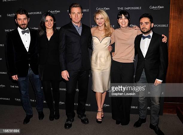 Screenwriter producer Belen Atienza actor Ewan McGregor actress Naomi Watts Maria Belon and director JA Bayona attend The Impossible New York special...
