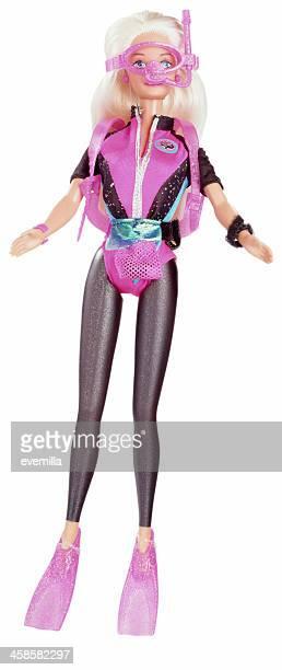 scuba barbie puppe auf weiß - ganzkörper freisteller editorial stock-fotos und bilder