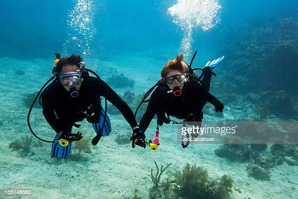 Scuba buddy diving