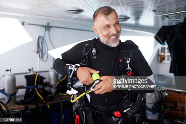 scuba diver - aqualung diving equipment stock pictures, royalty-free photos & images