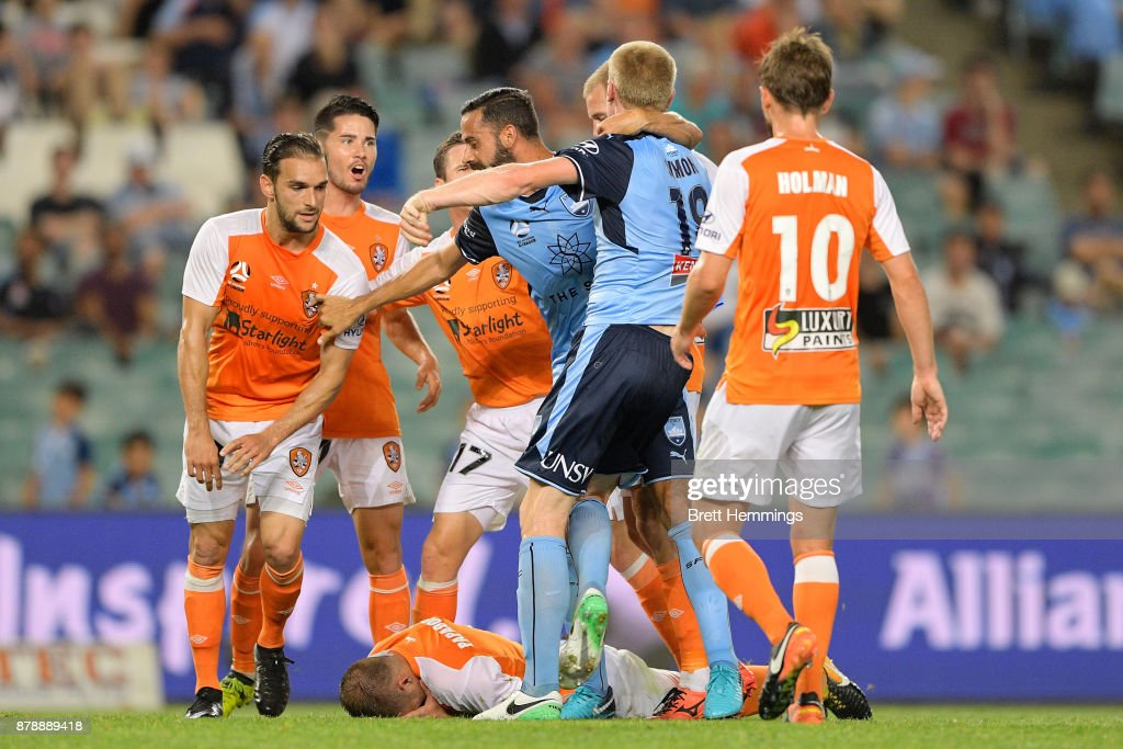 A scuffle breaks out in play during the round eight A-League match between Sydney FC and the Brisbane Roar at Allianz Stadium on November 25, 2017 in Sydney, Australia.