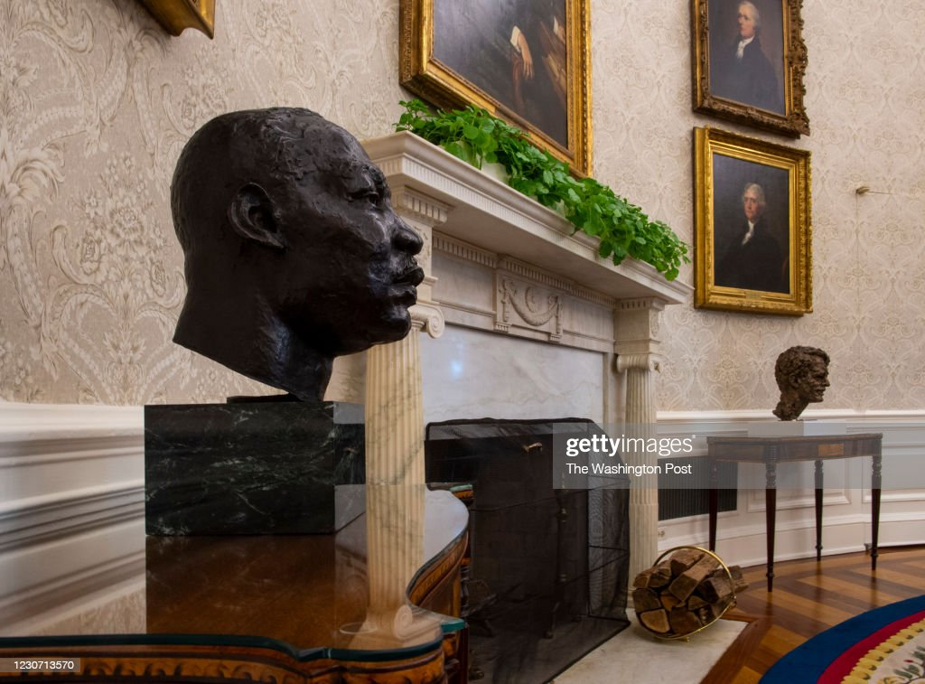 An early preview of the redesigned Oval Office awaiting President Joseph Biden at the White House, on January 20 in Washington, DC. : News Photo