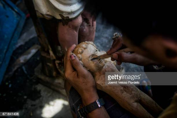 Sculpting the Santo Niño (Infant Jesus)