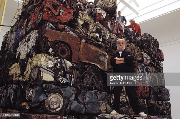 Sculpture '520 Tons' Of Cesar In Venice On May 1st 1995