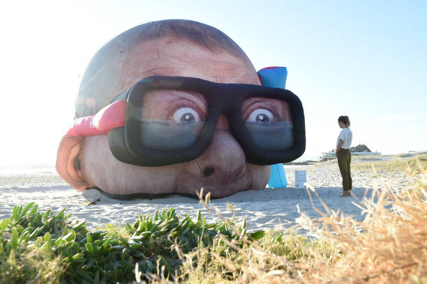 AUS: Queenslanders Enjoy 2021 Swell Sculpture Festival