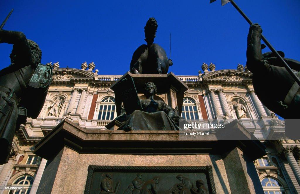 Museo Nazionale Del Risorgimento Italiano.Sculpture In Front Of Museo Nazionale Del Risorgimento Italiano