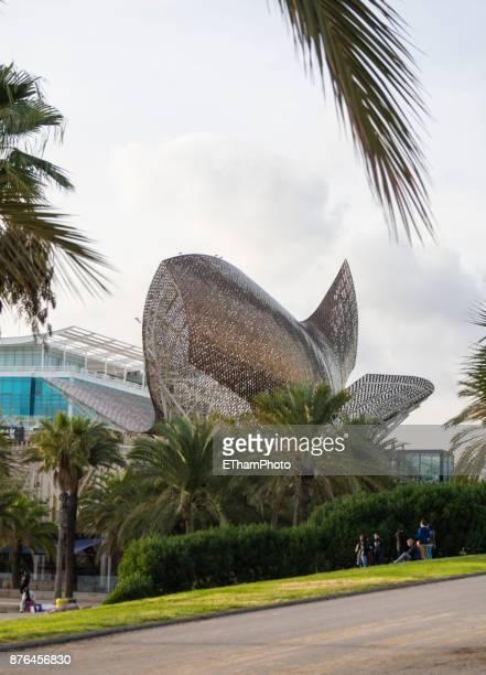 Sculpture La Peix (Fish) from Frank Gehry at Barcelona harbor