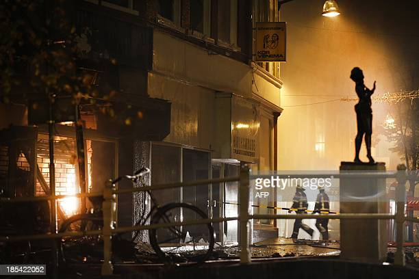 A sculpture of exotic dancer and World War I spy Mata Hari stands on October 20 2013 in front of her burnt birthplace in the center of Leeuwarden One...