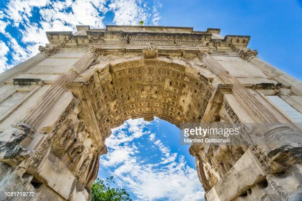 sculptured soffit of the axial archway of the arch of titus, a 1st-century ad honoriric roman arch on the via sacra leading into the roman forum, rome, italy, june 28, 2018 - roman forum stock pictures, royalty-free photos & images