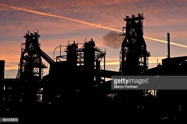 scunthorpe blast furnaces - north lincolnshire stock pictures, royalty-free photos & images