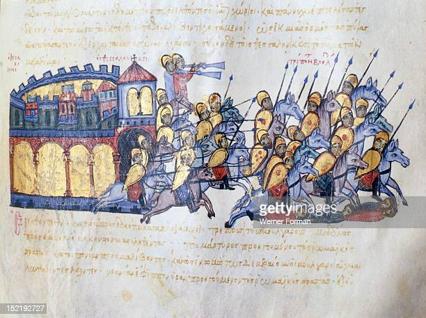 Scylitzes chronicle Folio 217r The miniature depicts an episode of the siege of Thessaloniki by the Bulgars Byzantine forces are making a sortie from...