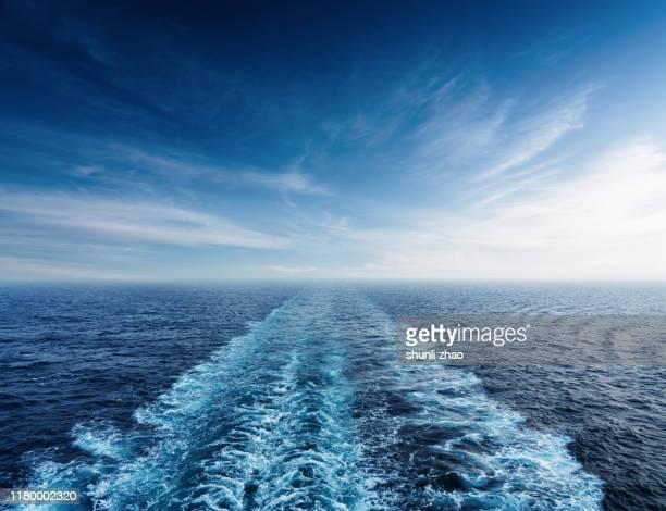 sea and wave - 静かな情景 ストックフォトと画像
