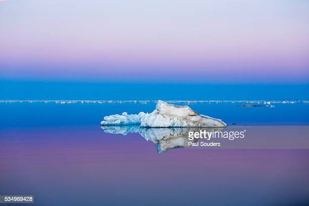 sea ice, nunavut territory, canada - drift ice stock pictures, royalty-free photos & images