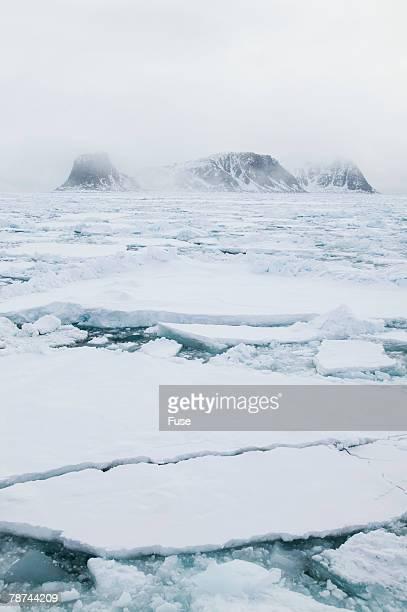 Sea Ice Surrounding Islands