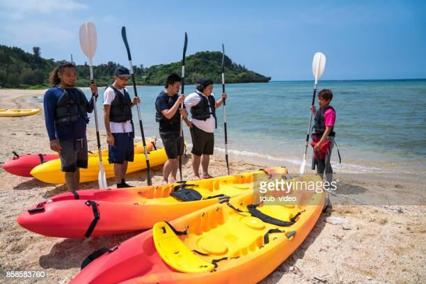 sea kayaking in okinawa - sea kayaking stock pictures, royalty-free photos & images