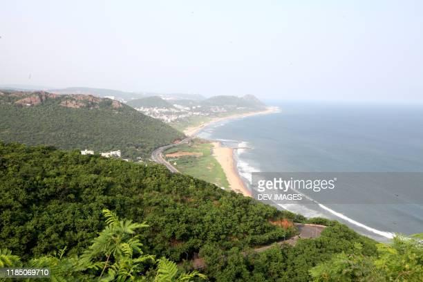 sea view from hill,visakhapatnam,andhra pradesh,india - ヴィシャカパトナム ストックフォトと画像