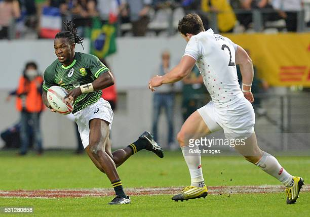 Seabelo Senatla of South Africa during the match between South Africa and England on day 1 of the HSBC World Rugby Sevens France at Stade Jean Bouin...