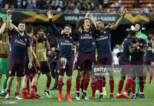 Sead Kolasinac Lucas Torreira Matteo Guendouzi PierreEmerick Aubameyang of Arsenal celebrate the victory and the qualification for the Final...