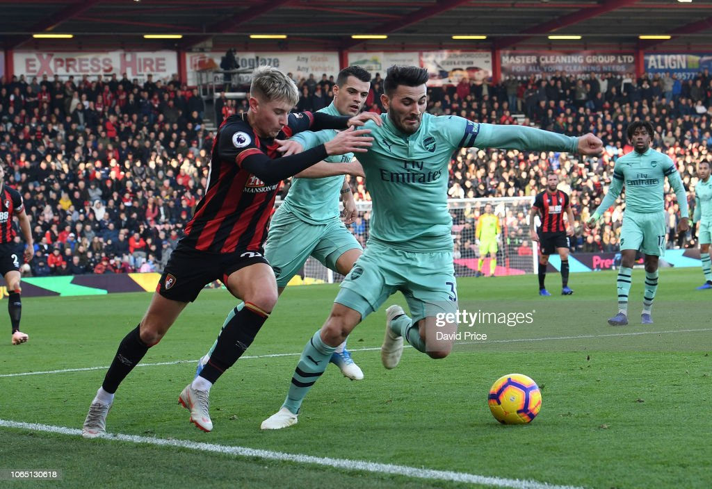 AFC Bournemouth v Arsenal FC - Premier League : News Photo