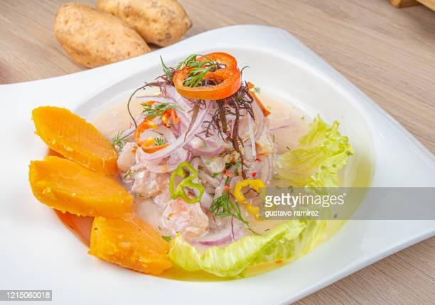 seafood maki cebiche - ceviche fotografías e imágenes de stock