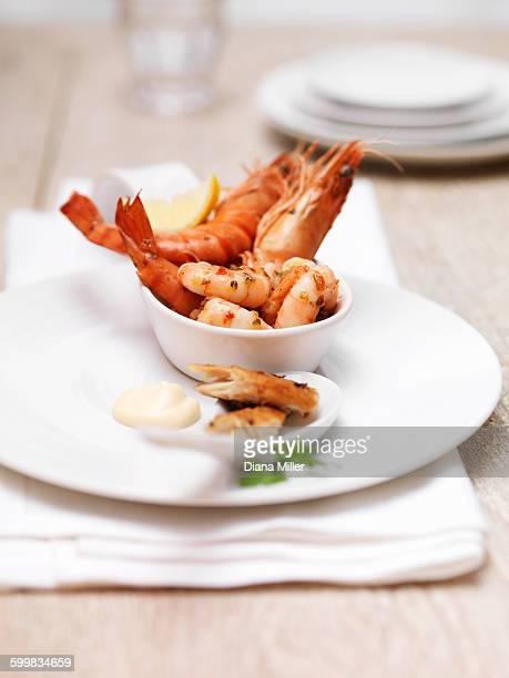 seafood platter including king prawns, mackerel and shrimps - ウシエビ ストックフォトと画像