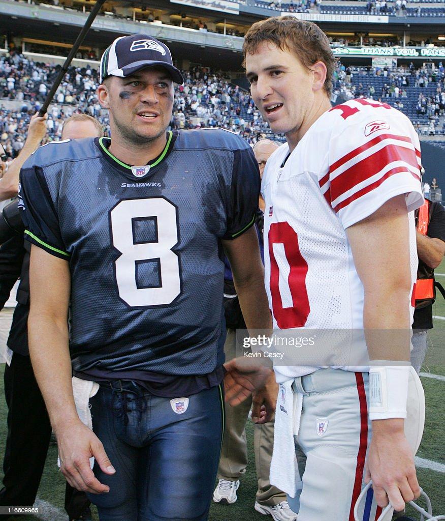 73c528c14 Seahawks quarterback Matt Hasselbeck and Giants quarterback Eli ...