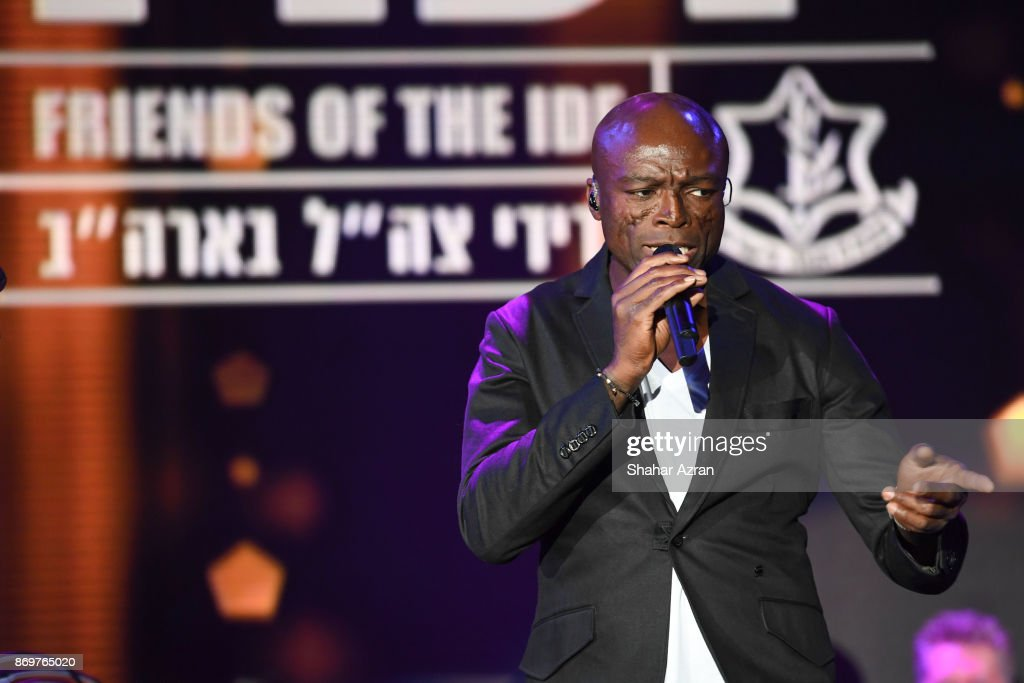 Seal performs at the FIDF Western Region Gala held at The Beverly Hilton Hotel on November 2, 2017 in Beverly Hills, California.