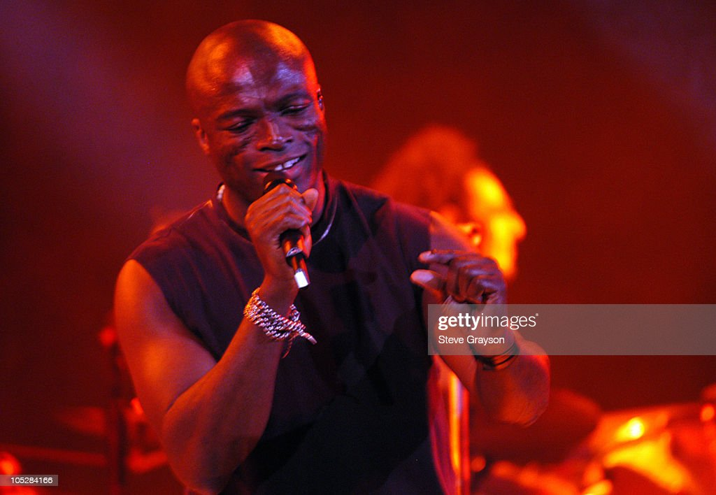 Seal In Concert at The House of Blues April 26, 2004 : News Photo