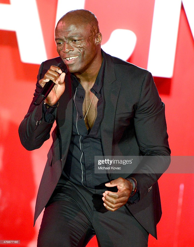 Seal performs onstage at LACMA's 50th Anniversary Gala sponsored by Christie's at LACMA on April 18, 2015 in Los Angeles, California.