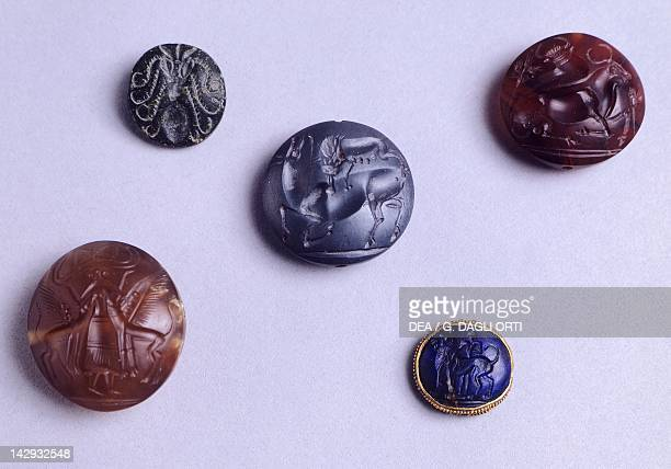 Seals found by Sir Arthur Evans from Knossos Minoan Civilization 17th15th Century BC CandiaIraklion Arheologikó Moussío