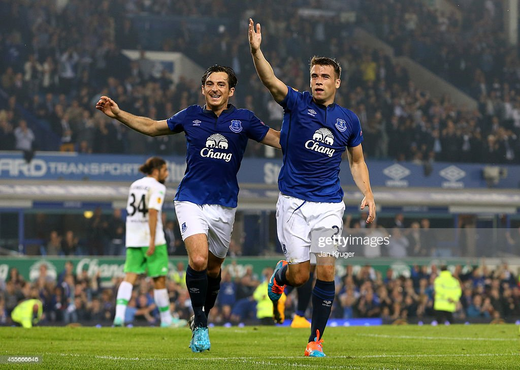 Everton FC v VfL Wolfsburg - UEFA Europa League : News Photo