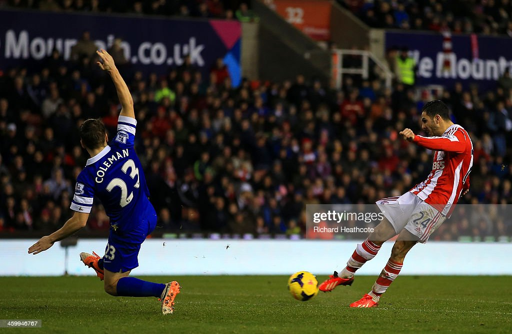 Seamus Coleman of Everton fails to stop Oussama Assaidi of Stoke City scoring the opening goal during the Barclays Premier League match between Stoke City and Everton at Britannia Stadium on January 1, 2014 in Stoke on Trent, England.