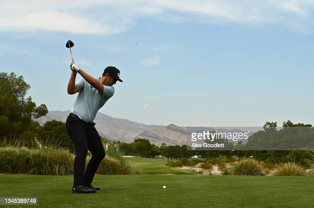 Seamus Power hits his tee shot on the ninth hole during round one of the Shriners Children's Open at TPC Summerlin on October 07, 2021 in Las Vegas,...