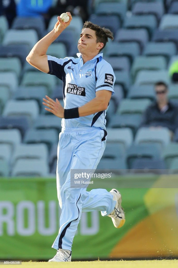 Sean Abbott of NSW bowls during the JLT One Day Cup match between New South Wales and Western Australia at WACA on September 29, 2017 in Perth, Australia.